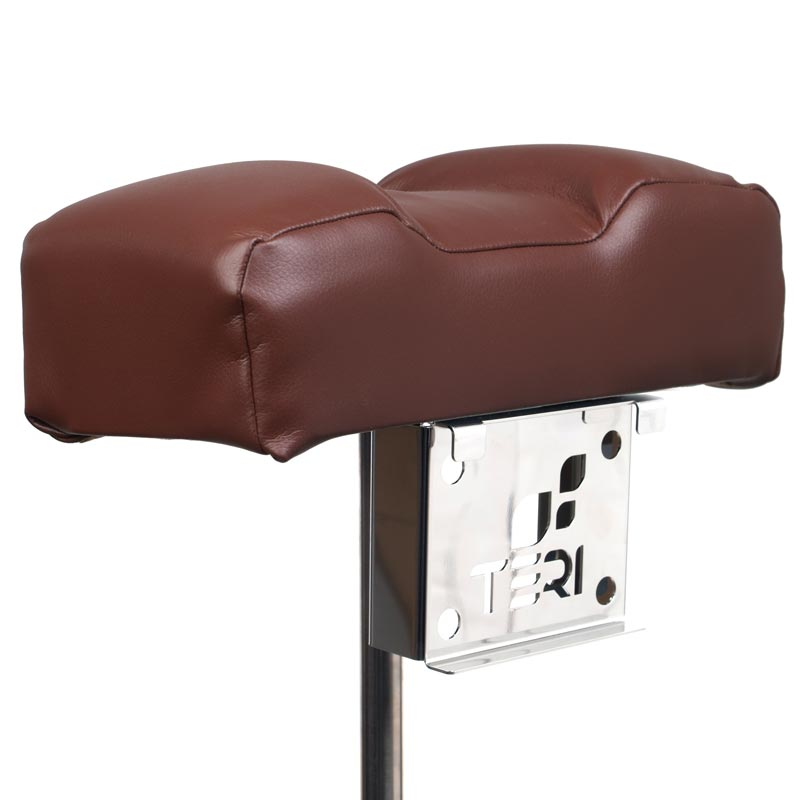 Mount for pedicure stand with brown pillow