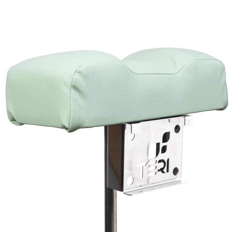 Mount for pedicure stand with menthol pillow